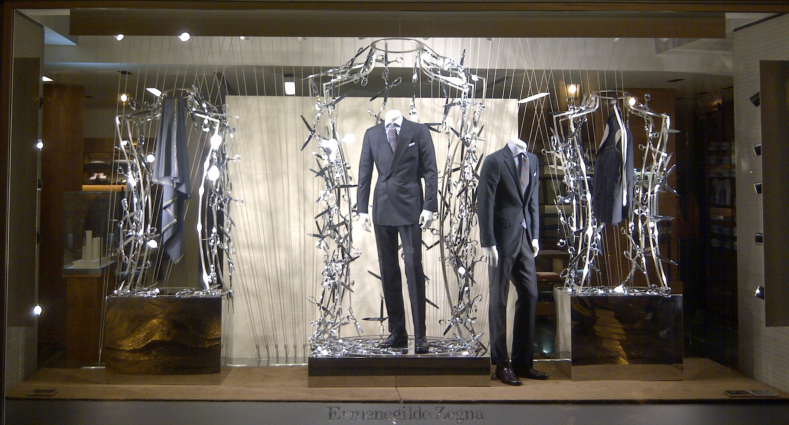 ermenegildo zegna fall winter 2011 made to measure garments. Black Bedroom Furniture Sets. Home Design Ideas